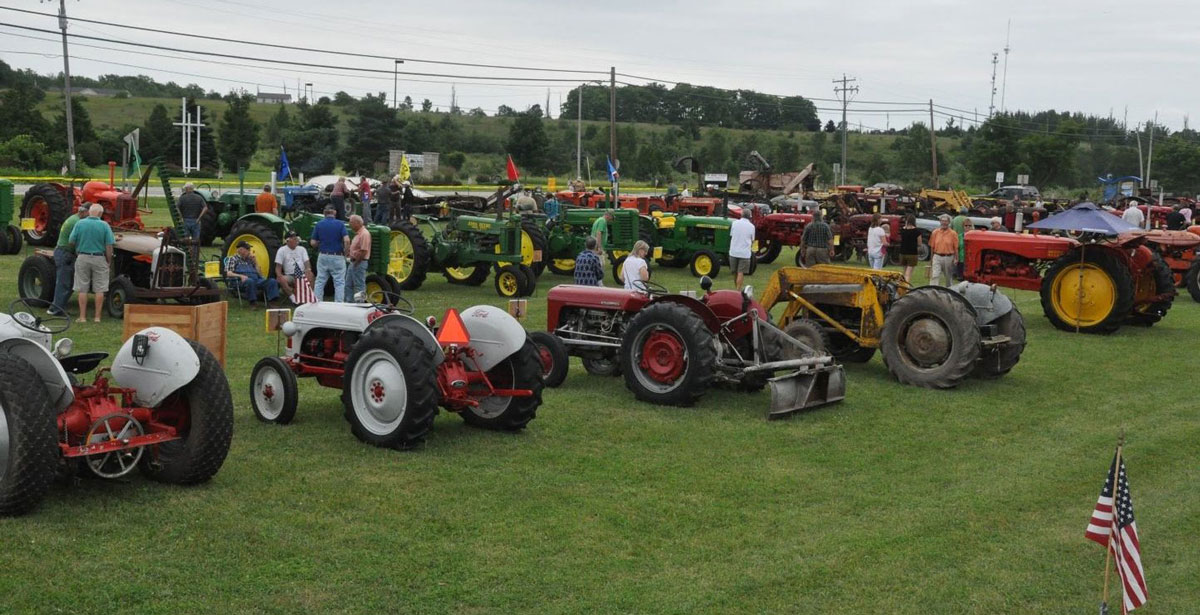 Tractor Show and Craft Market
